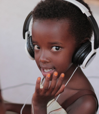 Multimedia library for children in Ziguinchor