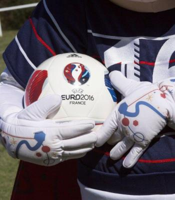 The UEFA Foundation for Children extends the reach of UEFA EURO 2016