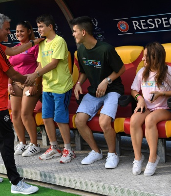 Football in <b> support of diversity </b>at 2017 UEFA Super Cup
