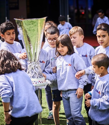 <b>Dreams made possible</b> for Lyon children at UEFA Europa League final