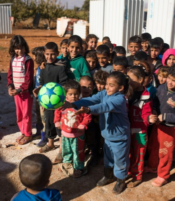 <b>Empowering refugee and marginalised children</b> in Lebanon and Jordan
