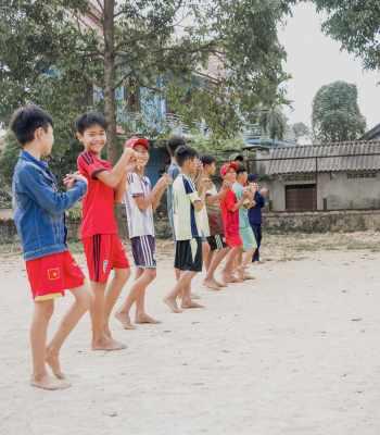 UEFA Foundation for Children helping street children in Vietnam