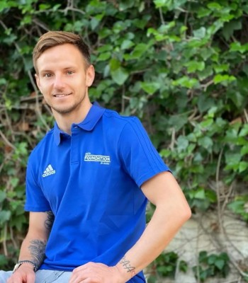 UEFA Foundation for Children signs Ivan Rakitić