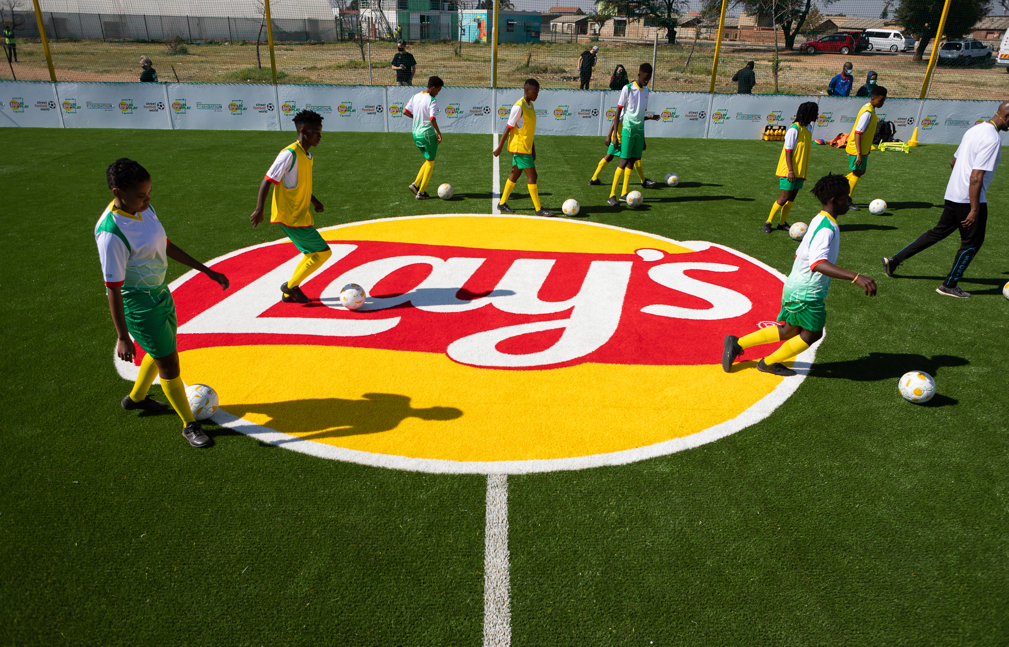 01_Lays RePlay Pitch_Training Session